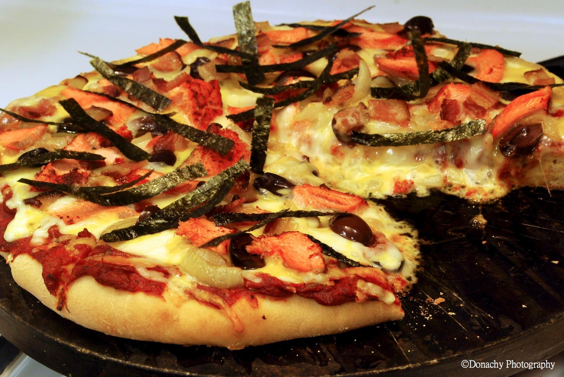 alaska silver salmon pizza cutterlight