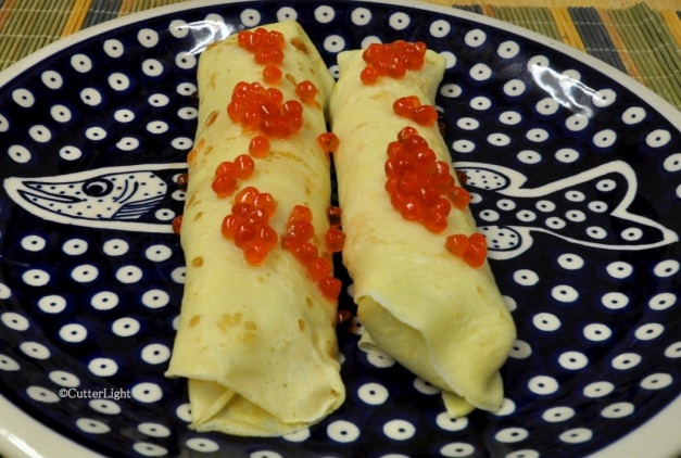 Crepes w smoked salmon & herbed cheese_n