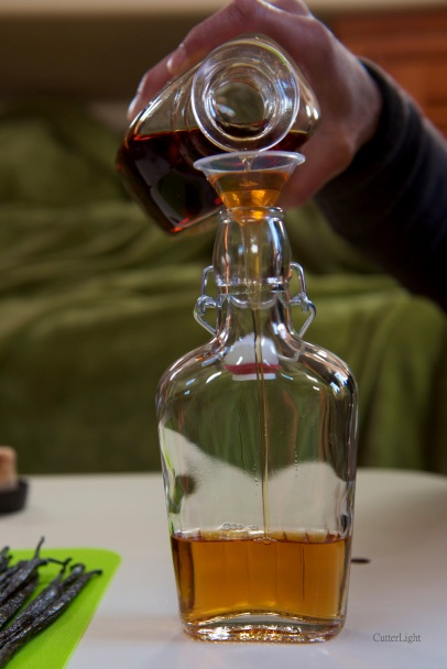 bourbon pouring into bottle_new