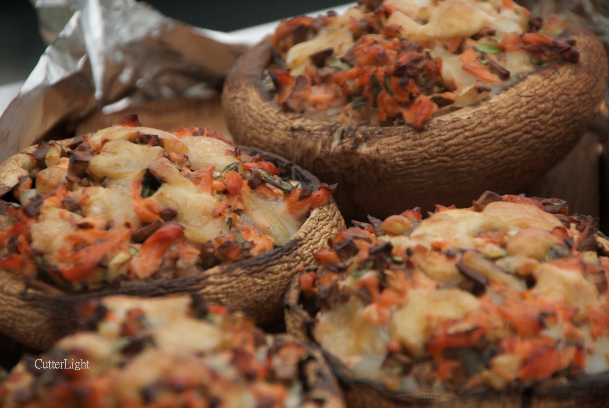 Cedar planked portabella mushrooms stuffed with smoked salmon and mushroom 1n forumfinder Image collections