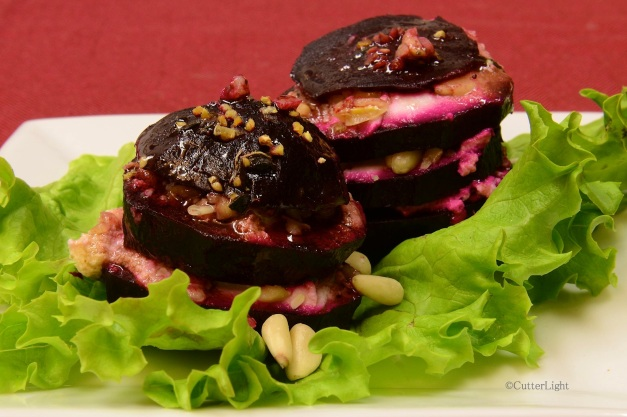 beet goat cheese stacked salad n