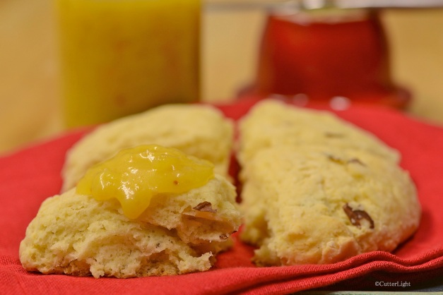 scone lemon curd and almond n
