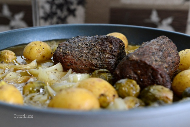 Braised Elk Roast Camper Style: One Pan Cooking in The Wagon Wheel ...