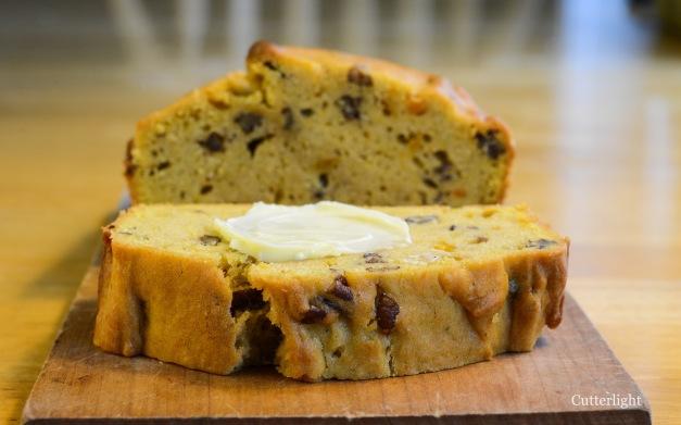squash-pecan-bread-n