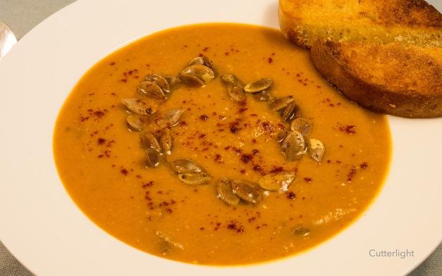 spiced-pumpkin-soup-n